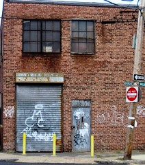 abandoned commercial property in the TNT (c2012 FK Benfield)