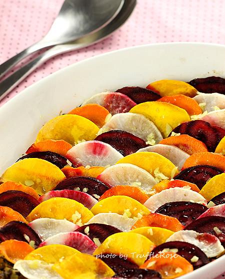瓷盅時蔬百燴與秋令水果。家庭版-121010