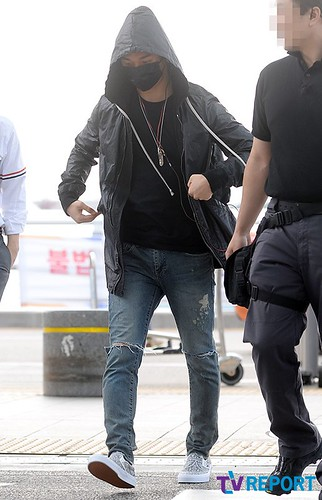 BIGBANG Incheon Airport to Shanghai Press 2015-06-19 004