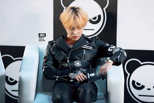 G-Dragon HIPANDA HQs Shanghai 2015-08-31 (34)