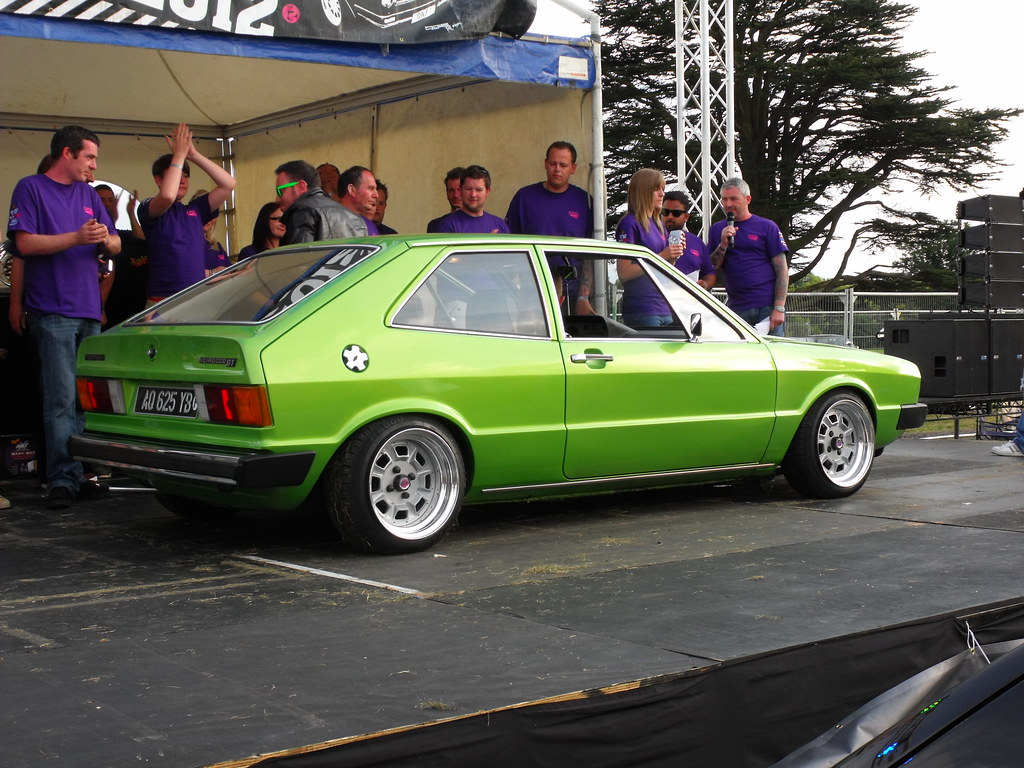 Nice car picture post - Page 38 7919800854_431cc772ef_b