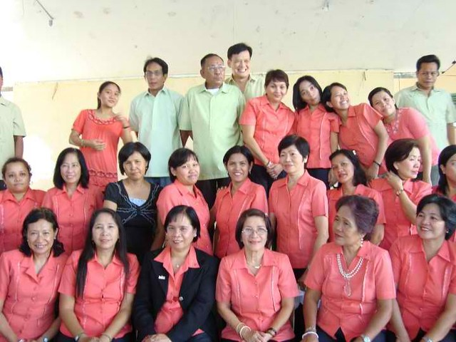 filipino heroes in foreign countries Filipino workers (ofw) by referring them as the modern day heroes (bagong  increases the migration of filipinos in different countries.