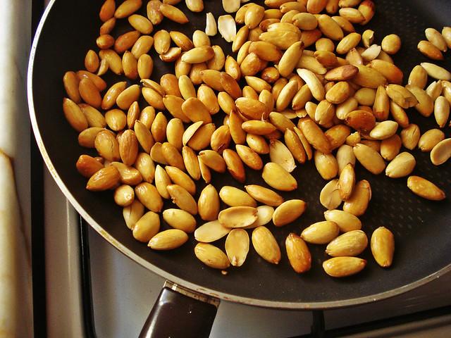 almond 5