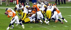 Defense manhandling the Steelers, Broncos vs Steelers 2012