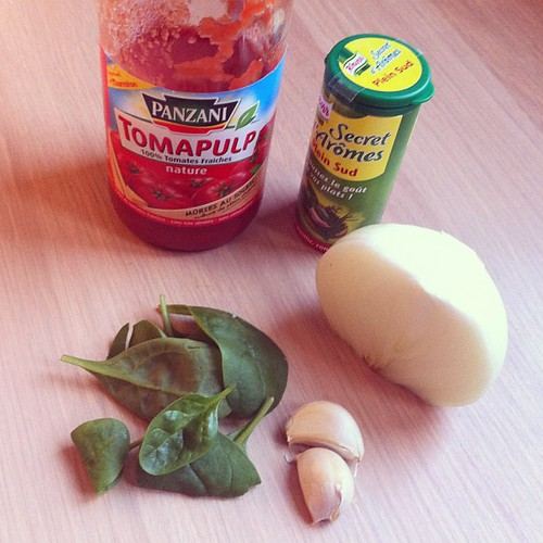 Easy pizza ingredients. #formyblog