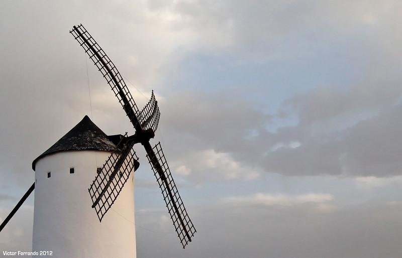 Ruta de los Molinos del Quijote - Campo de Criptana - Alcazar de San Juán - Mota del Cuervo