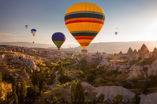 Sunrise Balloon Ride, Cappadocia, Turkey by Sean Bagshaw