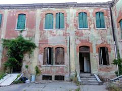 12 08 29 Abandoned Lido Hospital 39.jpg