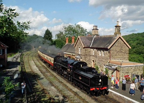 Steam Train pulling into Highley Station