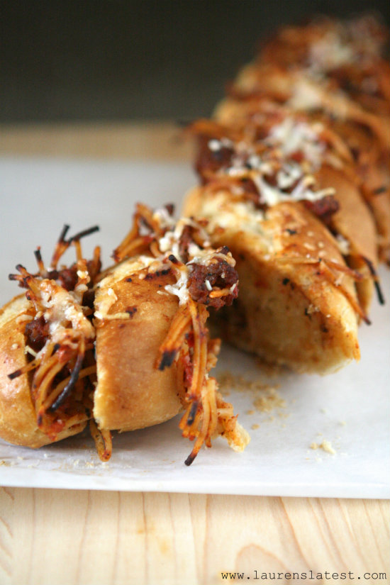 Spaghetti Stuffed Garlic Bread 2