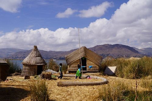 travel lake peru uros titicaca machu picchu inca cuzco río river landscape islands spring village lima armas sony explorer floating lagoon canyon lodge spanish cruz valley lama condor plain arequipa sillustani pacha colca chivay urubamba altiplano andean lucian puno vilca chincheros vilcabamba yanque inkaterra umayo vilcanota huilca huanca písac apurímac wilcamayu antabamba wilca uspaqucha