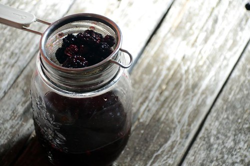 berry-infused vinegar