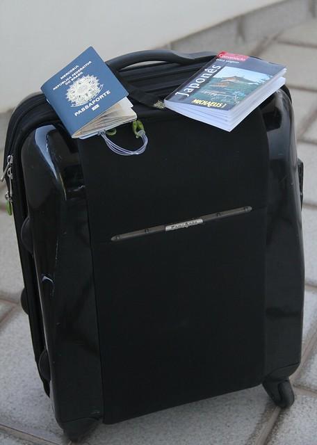 O desafio de viajar para a Ásia levando apenas uma bagagem de mão