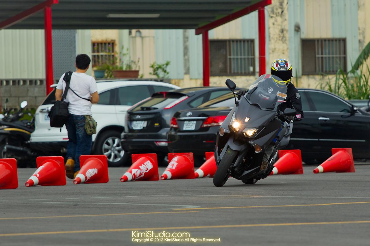 2012.09.01 T-MAX 530-057