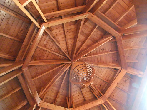 octogonal cottage ceiling