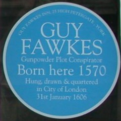 Photo of Guy Fawkes blue plaque
