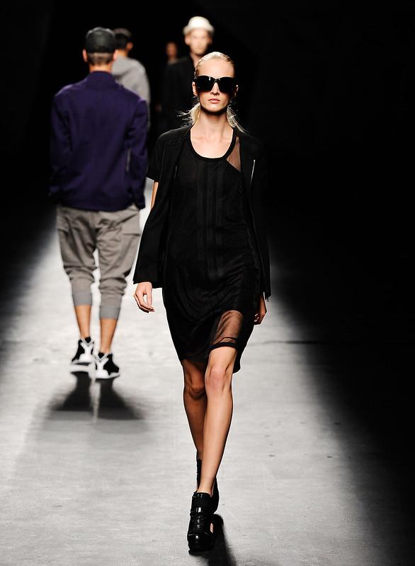y-3-estate-2013-new-yor-fashion-week-10