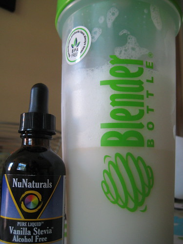 Blender Bottle and NuNaturals Vanilla Stevia