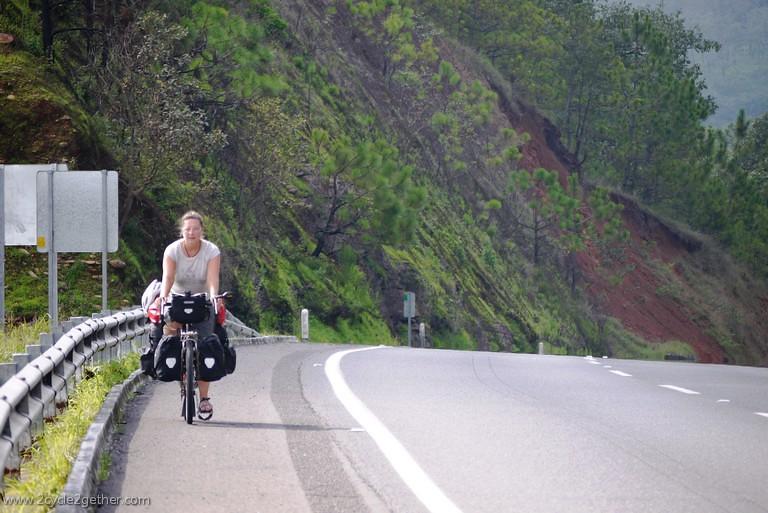 Sheila climbing in Nayarit