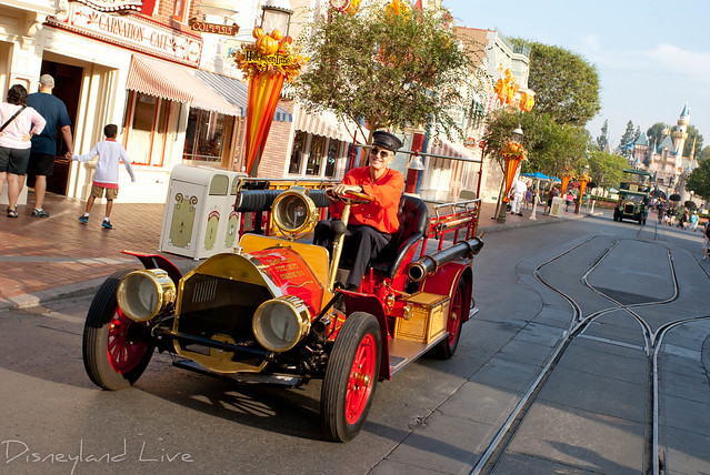 Disneyland Main Street Fire Engine