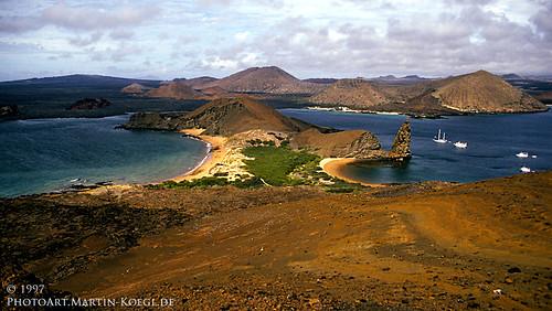 ecuador galapagos volcanic