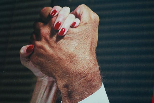 *_hands