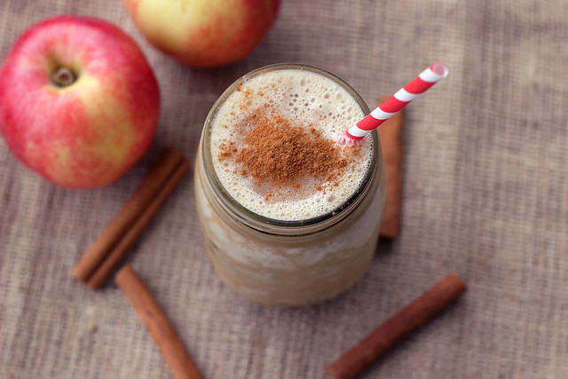 Apple Pie Smoothie - Gluten-free, Vegan + Refined Sugar-free