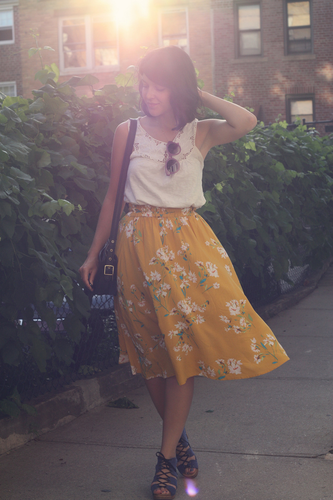 HappyHoneyAndLarkYellowSkirt