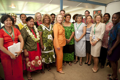 The Secretary poses with attendees at the Rarotonga Dialogue on Gender Equality.