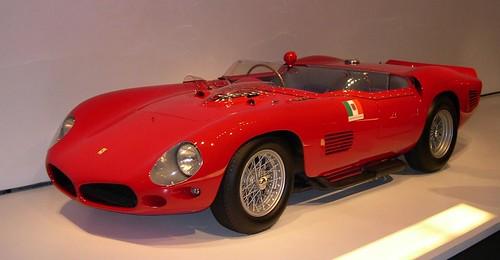 1961_Ferrari_250_TR_61_Spyder_Fantuzzi_34_left_2