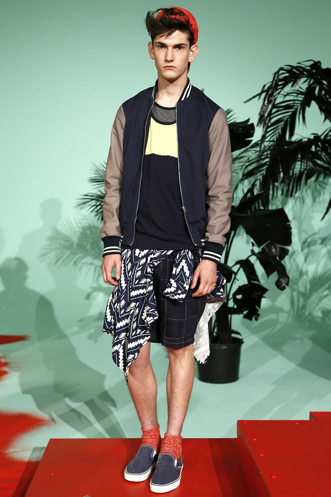 SS13 NY Shades of Grey011_Reece Sanders(VOGUE)