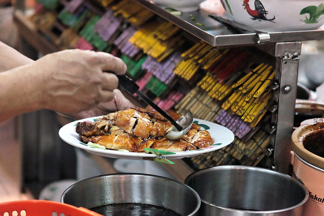 Plating up Chicken Rice