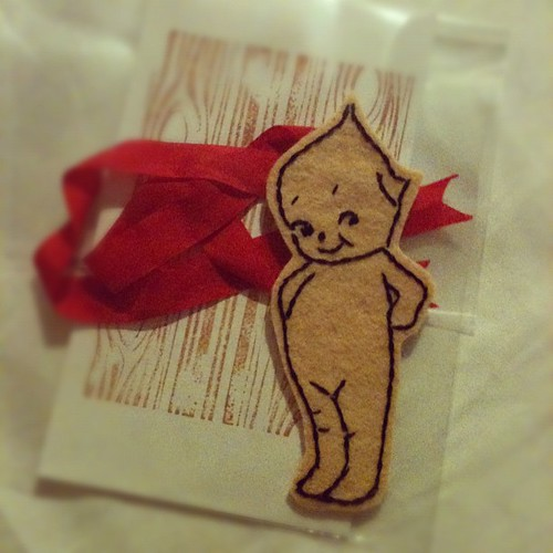 I embroidered another Kewpie ornament...