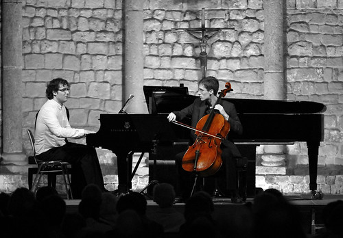 FERNANDO ARIAS, VIOLONCELLO, Y LUIS DEL VALLE, PIANO EN LA SCHUBERTIADA DE VILABERTRÁN 2012 by juanluisgx