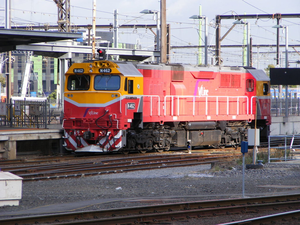 V Line N462 Southern Cross 02.03.10 by Andy Cole