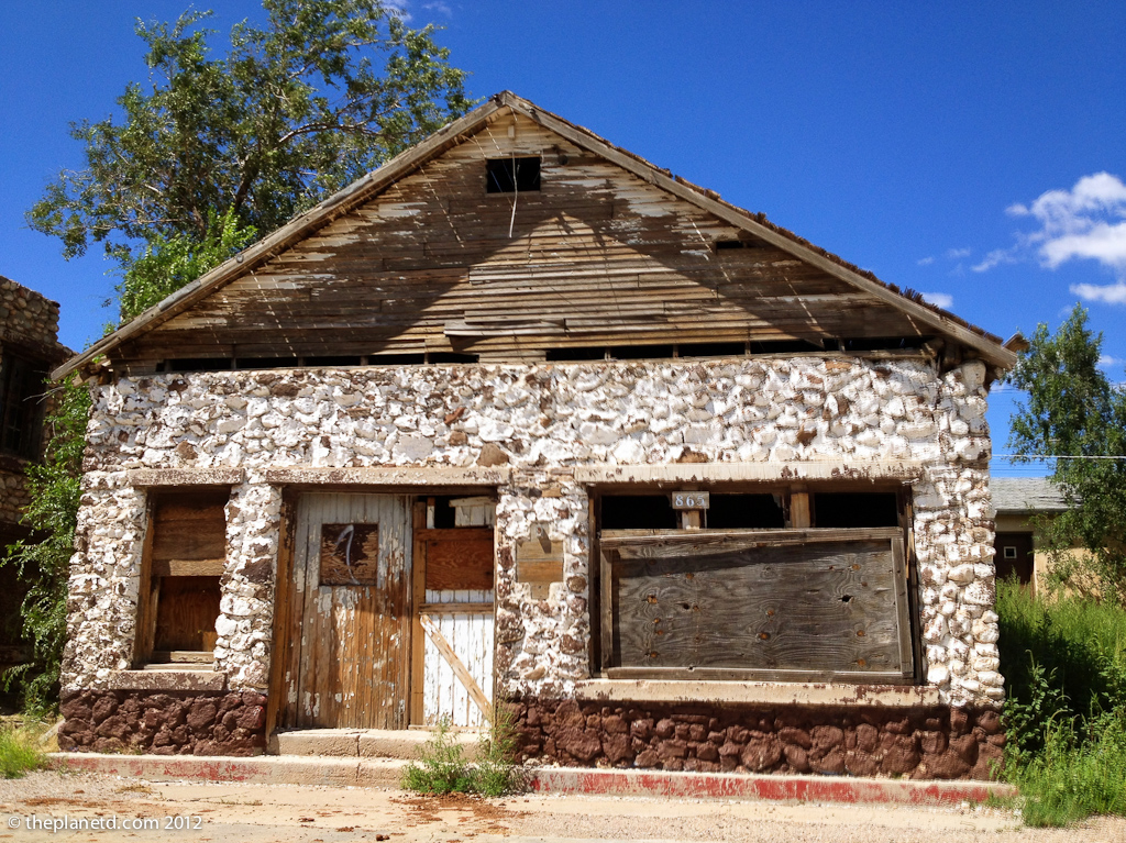 Peach Springs Arizona abandoned building