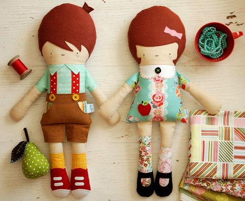 Hans and Greta dolls by Retro Mama