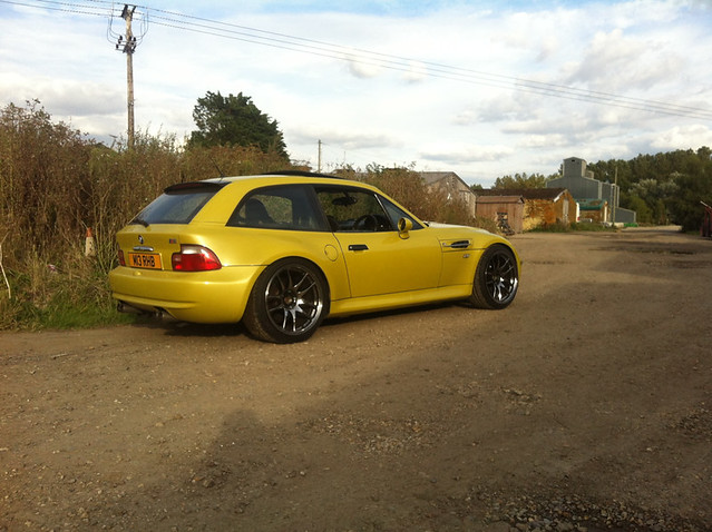 S54B32 M Coupe | Phoenix Yellow | Black | 18 inch Rota Torque Wheels