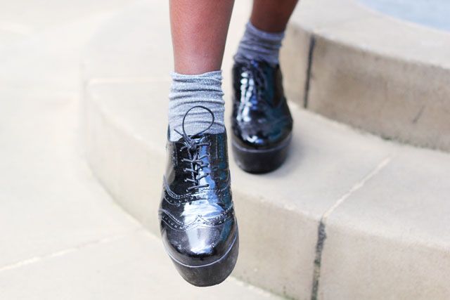Vagabond brogue flatforms sparkly socks