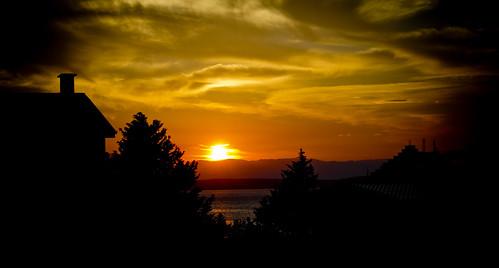 sunset sea sky orange cloud sun night clouds evening coast daylight seaside isle isles
