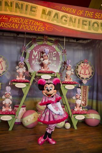 Minnie Magnifique