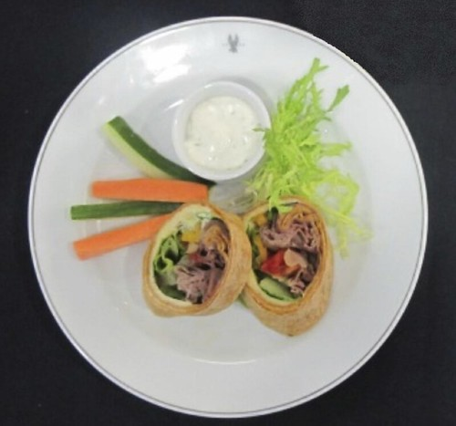 Roast Beef Wrap with Crudites and Dip