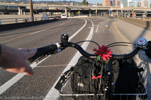 new striping on SE Madison-Hawthorne Bridge-5