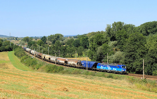 field railway vectron siemens freight train cargo čdc čdcargo 383 001 třebešice čáslav kutná hora