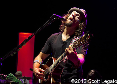 Jason Mraz - 08-29-12 - Tour Is A Four Letter Word, DTE Energy Music Theatre, Clarkston, MI