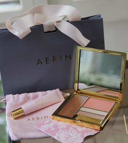 Aerin Weekend palette