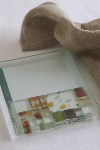 竹本亜紀さんのガラスプレート