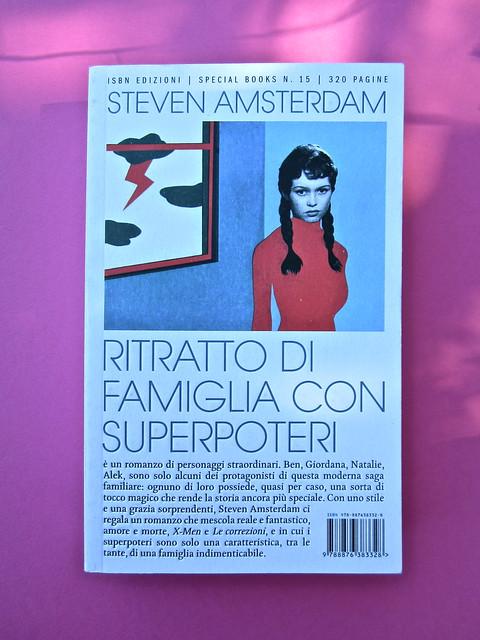 Steven Amsterdam, Ritratto di famiglia con superpoteri, ISBN 2012. Grafica: Alice Beniero. Copertina (part.), 1