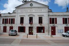 La mairie de Mareuil