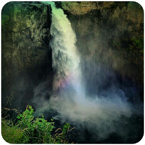 {snoqualmie} falls